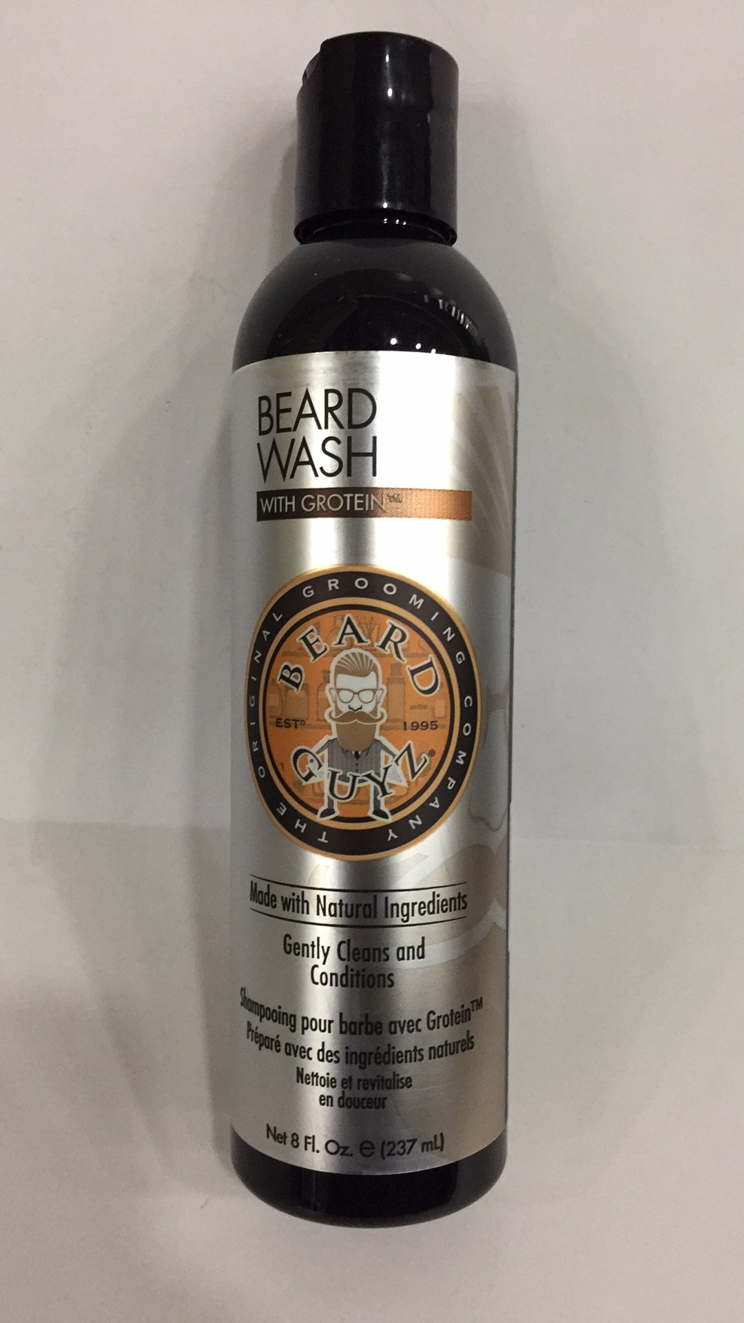 Gently Cleans And Conditions Beard Wash | The Natural