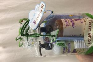 Calming Lavender Shampoo, Calming Lavender Detangling Conditioner, Soft Wash Cloth, Gentle Brush & Comb Gift Set