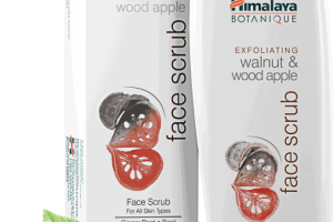 Exfoliating Walnut & Wood Apple Face Scrub