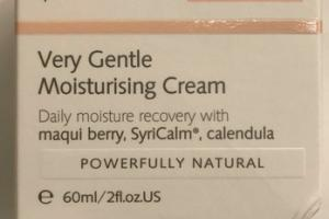 SENSITIVE VERY GENTLE MOISTURISING CREAM