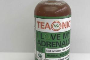 CINNAMON, GINGER AND CLOVE HERBAL TEA TONIC