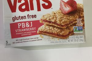 Strawberry And Peanut Butter Sandwich Bars