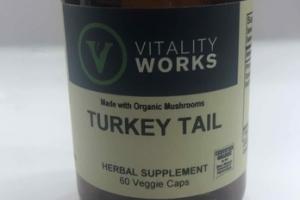TURKEY TAIL HERBAL SUPPLEMENT VEGGIE CAPS