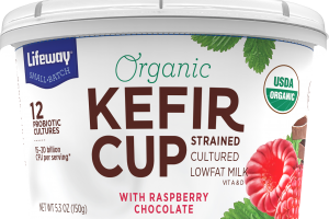 KEFIR CUP STRAINED CULTURED LOWFAT MILK WITH RASPBERRY CHOCOLATE