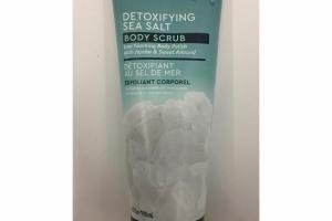 DETOXIFYING SEA SALT BODY SCRUB
