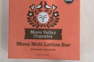 Moon Melt Lotion Bar