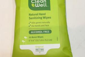 Natural Hand Sanitizing Wipes