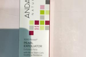 1000 Roses Pearl Exfoliator Sensitive