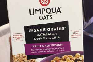 Insane Grains Oatmeal With Quinoa & Chia