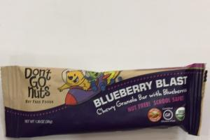 Chewy Granola Bar With Blueberries