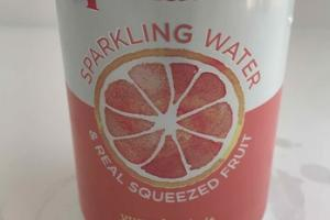 GRAPEFRUIT SPARKLING WATER & REAL SQUEEZED FRUIT