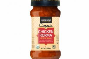 CHICKEN KORMA TRADITIONAL INDIAN CURRY SIMMER SAUCE