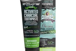 ACTIVATED CHARCOAL FLUORIDE-FREE WHITENING TOOTHPASTE WINTERGREEN