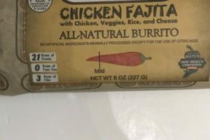 MILD CHICKEN FAJITA WITH CHICKEN, VEGGIES, RICE, AND CHEESE ALL-NATURAL BURRITO