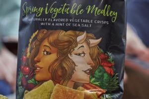 VEGETABLE CRISPS WITH A HINT OF SEA SALT