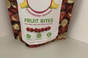 STRAWBERRY BANANA FRUIT BITES