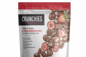 FREEZE - DRIED STRAWBERRIES IN MILK CHOCOLATE