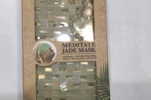 SOOTHING, COOLING, DEPUFFING MEDITATE JADE MASK