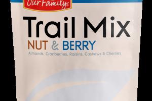 ALMONDS, CRANBERRIES, RAISINS, CASHEWS & CHERRIES NUT & BERRY TRAIL MIX
