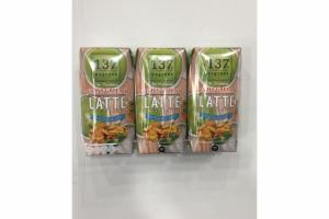 LATTE MATCHA GREEN TEA WITH WALNUT MILK
