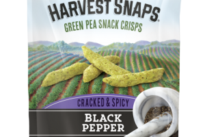 BLACK PEPPER FLAVORED CRACKED & SPICY GREEN PEA SNACK CRISPS