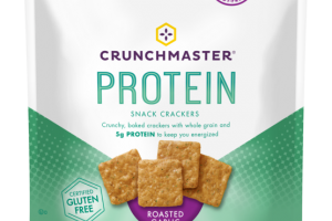 ROASTED GARLIC PROTEIN SNACK CRACKERS