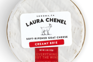 CREAMY BRIE SOFT-RIPENED GOAT CHEESE