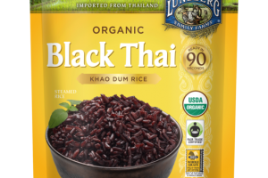BLACK THAI ORGANIC KHAO DUM STEAMED RICE