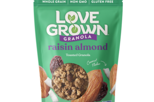RAISIN ALMOND TOASTED GRANOLA