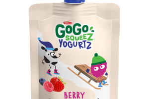 BERRY LOW FAT YOGURT ON THE GO