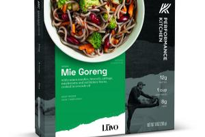 MIE GORENG WITH RAMEN NOODLES, BROCCOLI, CABBAGE, MUSHROOMS AND RED KIDNEY BEANS, COOKED IN AVOCADO OIL