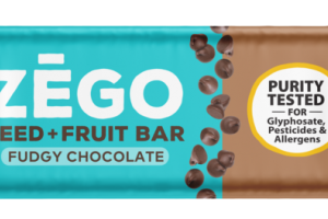 FUDGY CHOCOLATE SEED + FRUIT BAR