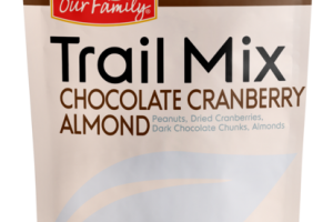 CHOCOLATE CRANBERRY ALMOND TRAIL MIX PEANUTS, DRIED CRANBERRIES, DARK CHOCOLATE CHUNKS, ALMONDS