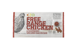 NO ADDED SUGAR FREE RANGE CHICKEN & RASPBERRY UNCURED BACON BAR
